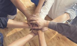Formation en développement d'équipe et consolidation d'équipe la confiance le fondement d'une équipe