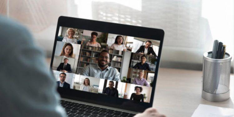 Compétences essentielles qui rendent le travail d'équipe virtuel efficace